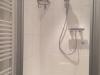 Bodenebene Dusche mit Glastür