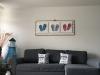 neues kuscheliges Sofa mit Surfer-Lampe und FlipFlop-Bild